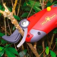 Ножницы аккумуляторные Wolf Garten Li-Ion Power RR 3000